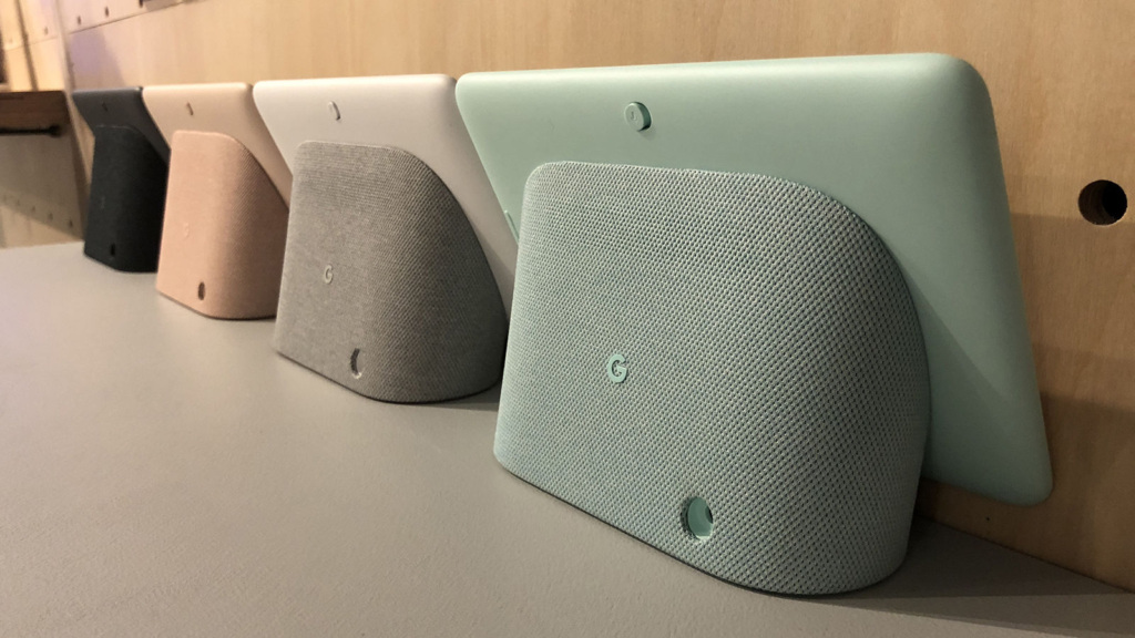 Разные цвета Google Home Hub